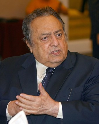 WBC President Jose Sulaiman speaks to th