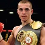 Quigg v Munroe ends in techical draw. Munroe cut badly in 3rd after clash of heads.