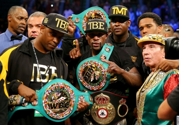 mayweather-maidana 2 with belts