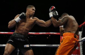 Anthony Joshua (l) faces Jason Gavern this Saturday