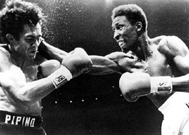 "Thomas Hearns vs. ""Pipino"" Cuevas"