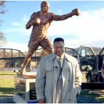 Larry Holmes Statue to be Unveiled