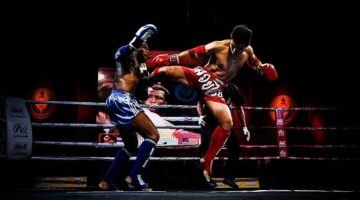 Chokes and Joint locks in Muay Thai